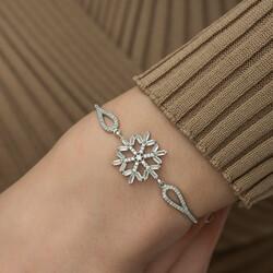 Gümüş Baget Taşlı Kar Tanesi Bileklik - Thumbnail