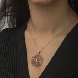 Gumush - Gümüş Geometrik Desenli Madalyon Kolye (1)