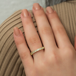 Gumush - Gümüş Gold Sıralı Baget Taşlı Bayan Yüzük (1)