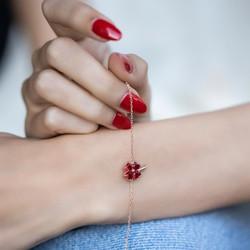 Gumush - Gümüş Kırmızı Kalpli Yonca Bayan Bileklik (1)