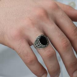 Gümüş Oniks Taşlı Örgü Desenli Erkek Yüzük - Thumbnail